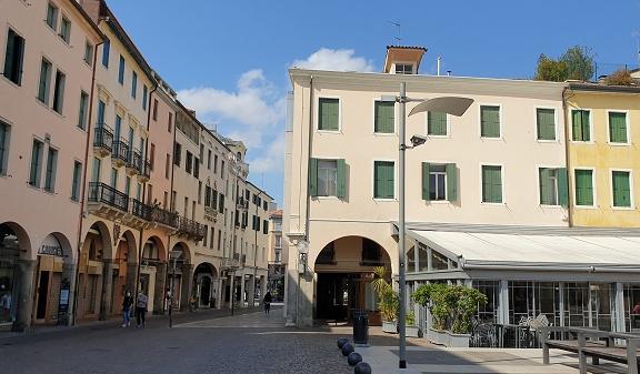 Piazza Cavour Padova