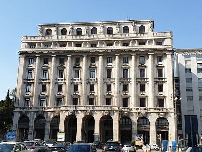 Palazzo Cogi - Gino Peressutti