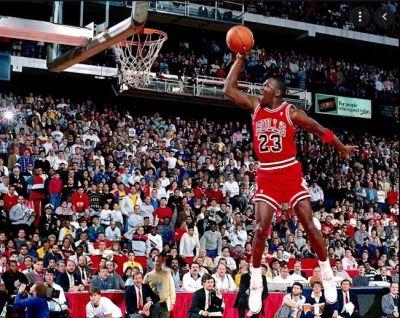 MJ fonte Red Bull